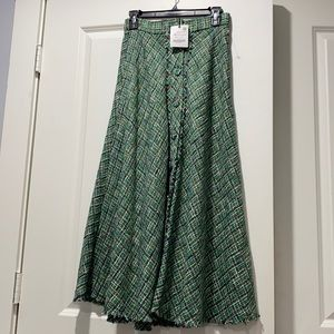 ZARA. NWT - plaid midi skirt with material buttons